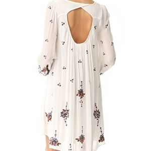 Free People Dresses - 😍FREE PEOPLE😍Oxford Embroidered Mini Dress Sz M